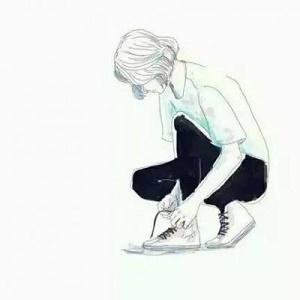 动漫短发绑鞋带微信头像女