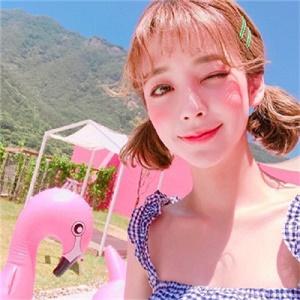 超清新可爱短发美女微信头像4图片