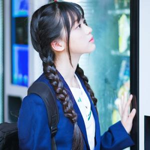 清纯可爱学生妹微信头像3